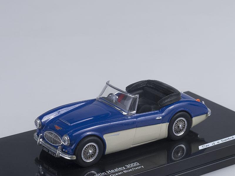 1 43 Scale model Austin Healey 3000 (Ocean bluee Ivory)
