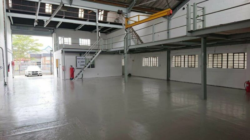 576sqm Warehouse to Let in Montague Gardens