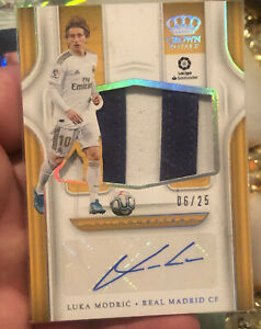 2019/20 Chronicles Soccer Luka Modric Crown Royale Silhouettes Auto Patch #6/25