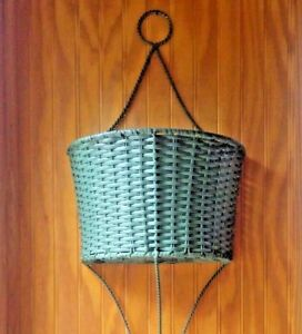 Large Green Wicker Metal Wall Planter Hanger Flowers 3 Ht Vtg