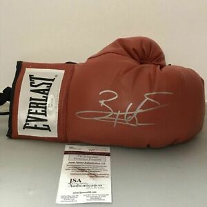 Autographed-Signed-BERNARD-HOPKINS-Red-Everlast-Boxing-Glove-JSA-Spence-COA-Auto