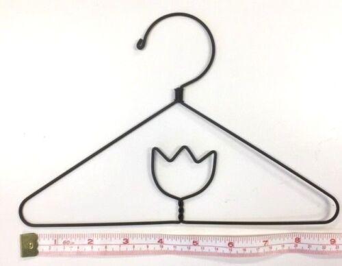 """6X  Wire Quilt Hanger  9/"""" x 6/"""" High  /""""Tulip/"""" Theme"""