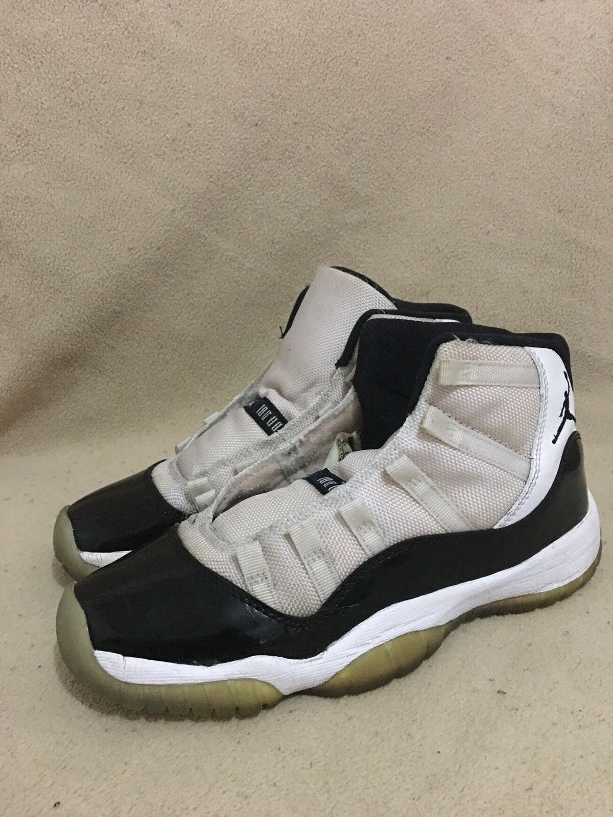 nike air jordan 11 space retro