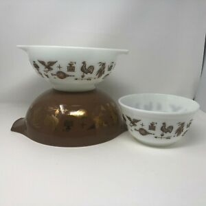 VTG-Pyrex-Early-American-Set-Of-3-Cinderella-Brown-And-White-Bowls-402-443-444