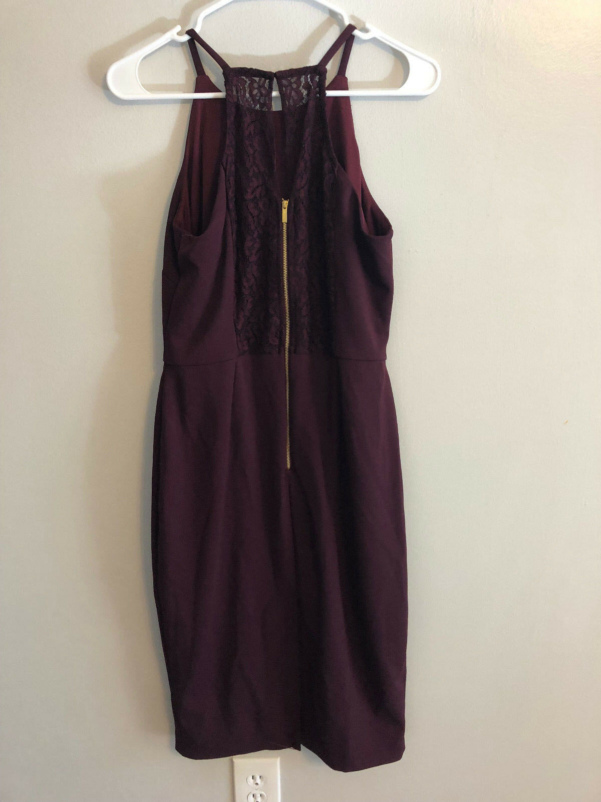 2a7afbf6bef55 Taylor Apron-Halter Sheath Dress Deep Red                            R10A2