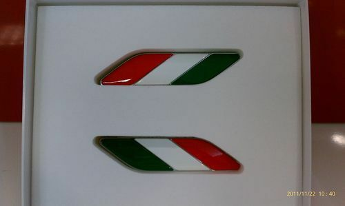 FIAT 500 2012-2013 ITALIAN FLAG FENDER BADGE OEM 82212811