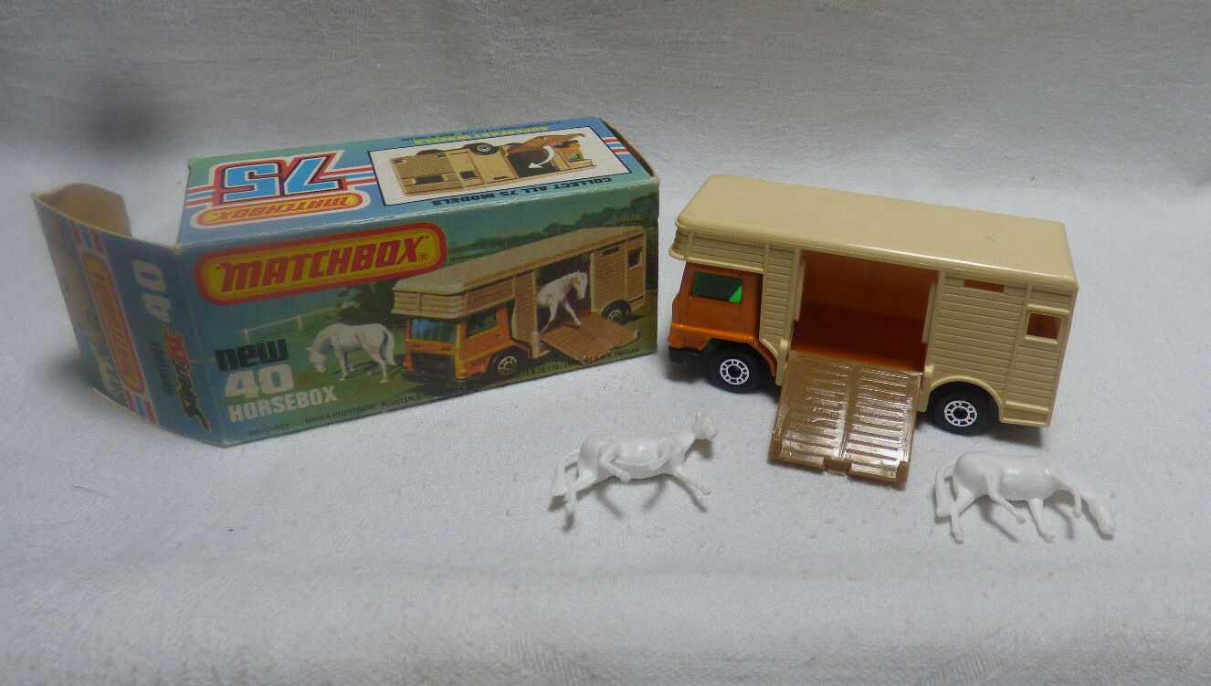 Matchbox Superfast-MB 40 Horsebox orange Made in England-Boxed -