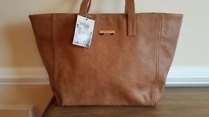 24d6151f20 NEW Amichi Tote Bag Faux Leather Zipper Close Tan Camel Brown Spain ...