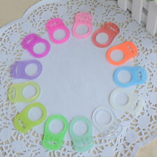 5x Silikon Knopf Baby Dummy Schnuller Halter Clip Adapter für MAM Cue eNwrg Ksy