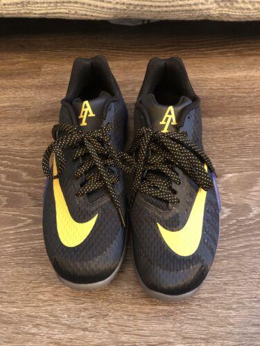 Nike Hyperlive Andre Iguodala PE Size 9 Used