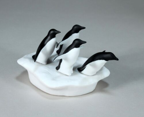 PENGUIN Quad Sculpture New direct from JOHN PERRY 5in long on Ice Floe Figurine