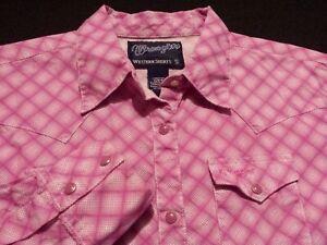 Wrangler-Womens-Small-Long-Sleeve-Pearl-Snap-Pink-Plaid-Check-Western-Shirt