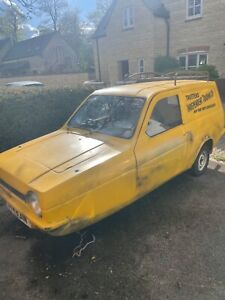 Robin reliant van ( only fools and horse)