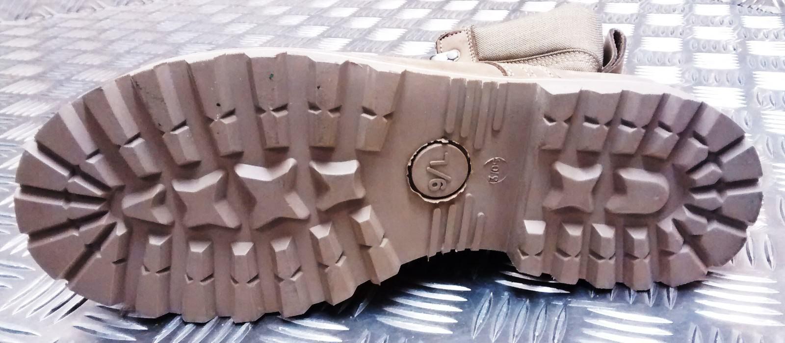 Genuine British Army Assault Issue Soldier Desert Nubuck Assault Army / Patrol Combat Stiefel 3f5e35
