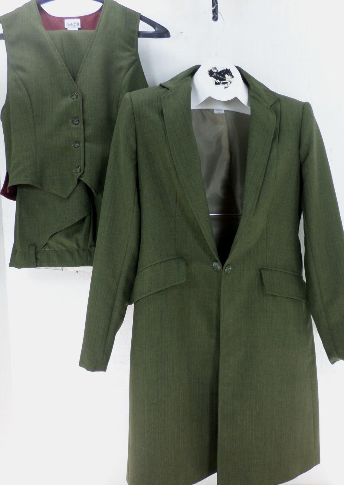 Reed Hill Saddleseat Ld 3p suit Olive pinstripe poly size 10 - USA