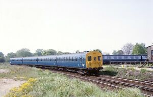 British-Rail-4-SUB-4659-Strawberry-Hill-1980-Rail-Photo