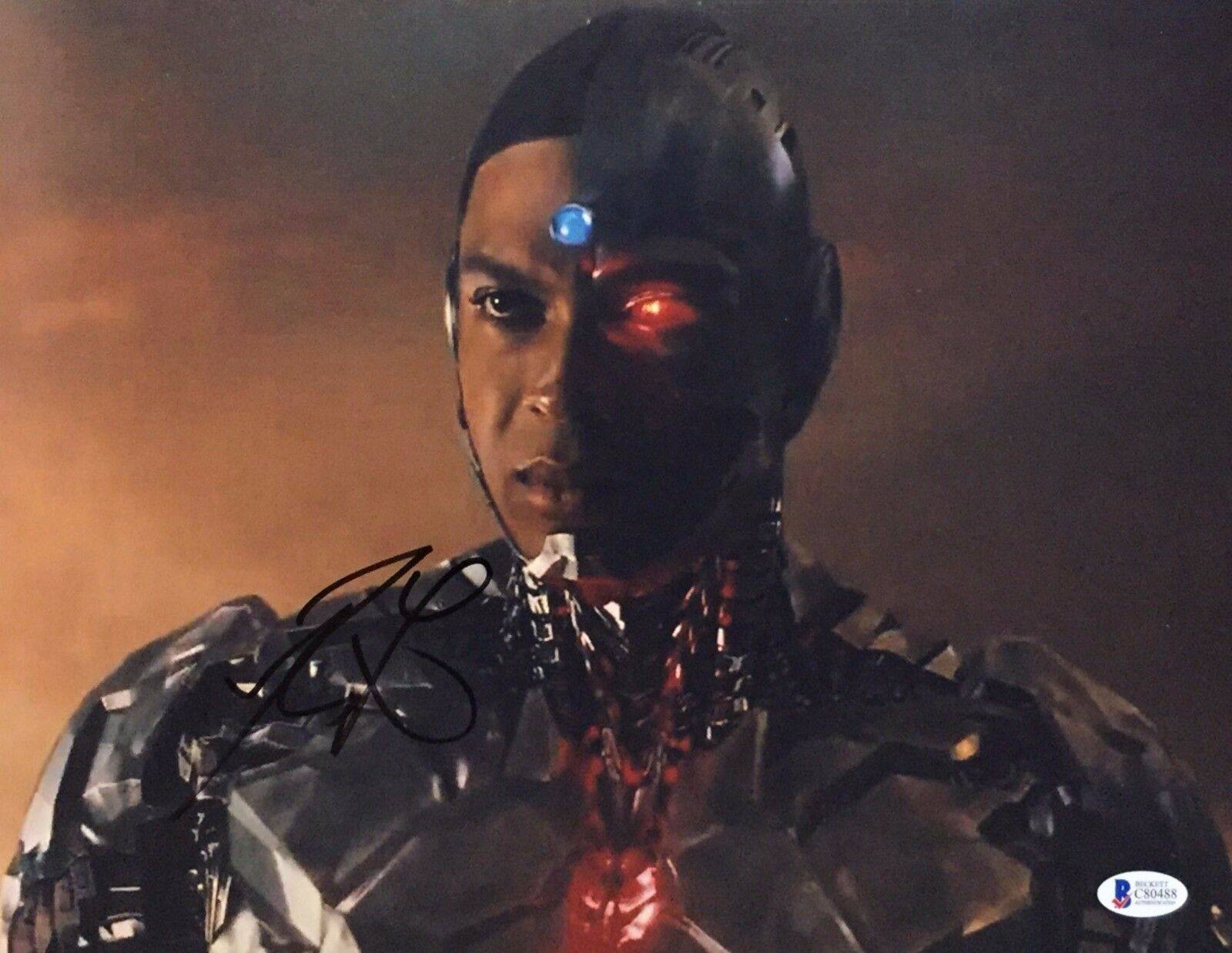 Ray Fisher Signed Justice League 11x14 Photo *Cyborg Beckett BAS C80488