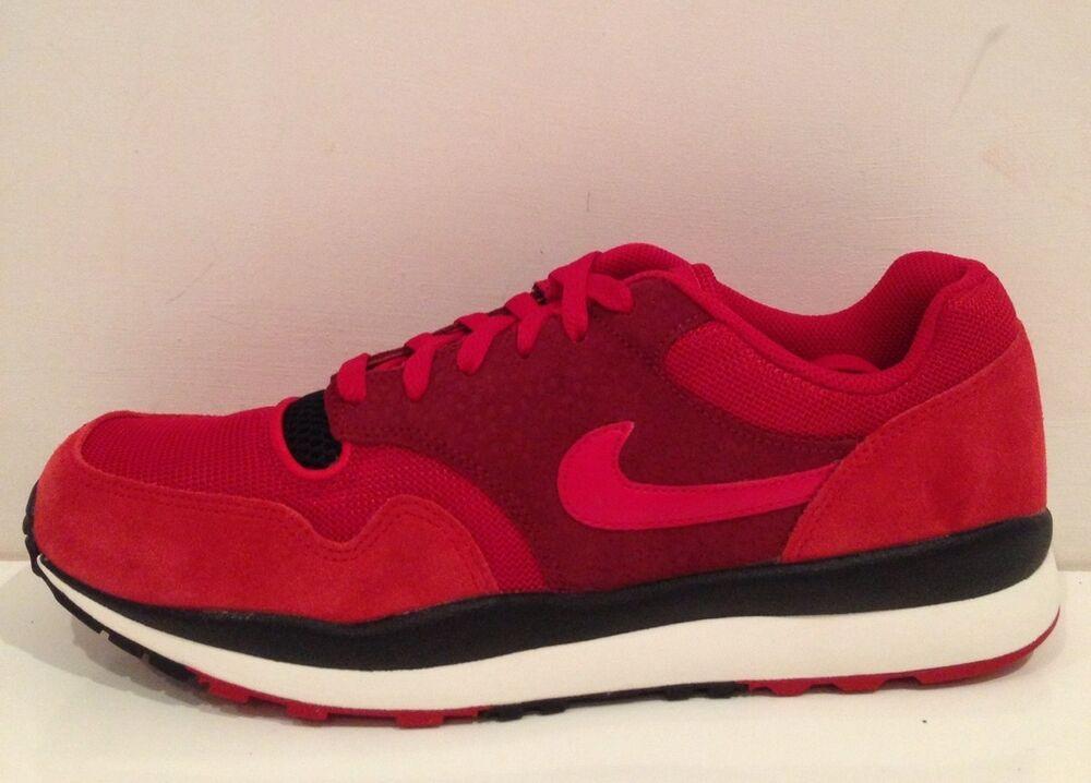 Nike Air Safari Taille 8 (UK) Bnwt-