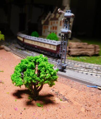 hauteur 40 mm 50 moyens verte arbres