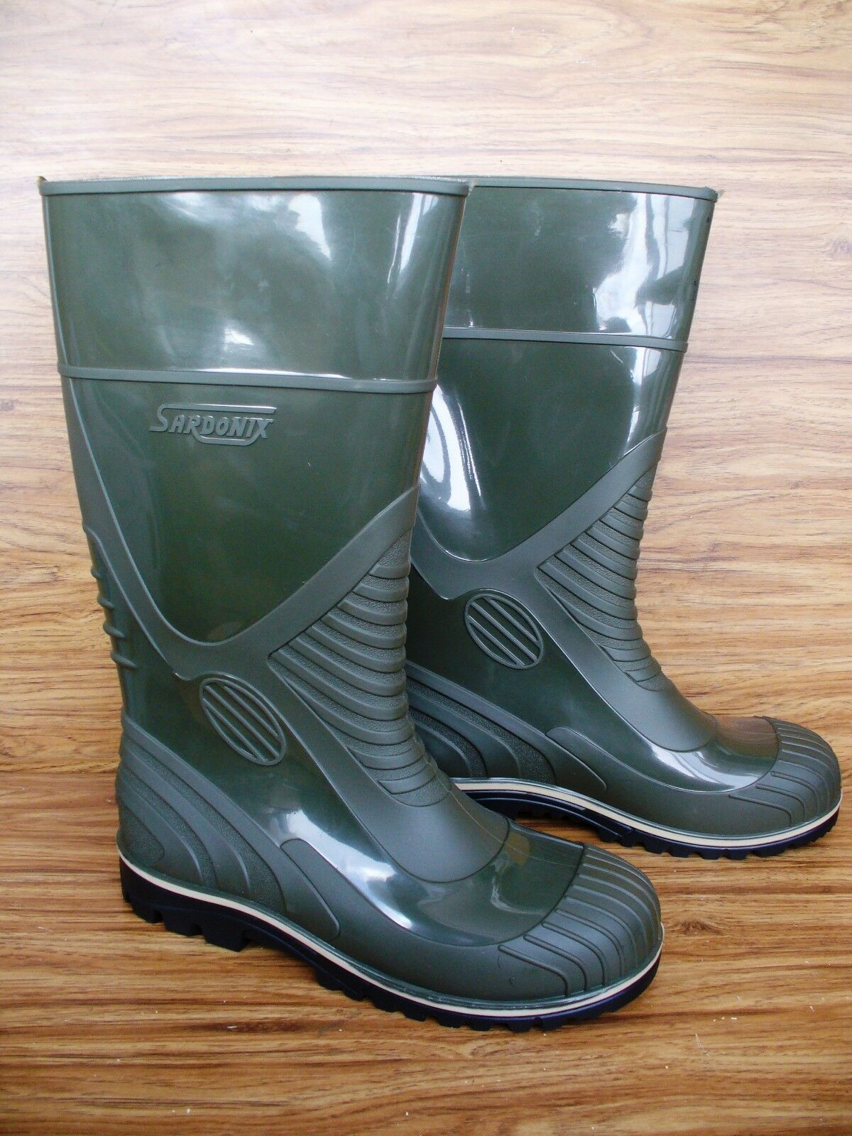 Hunting Fishing PVC rubber High boots waterproof deep Tread Size New