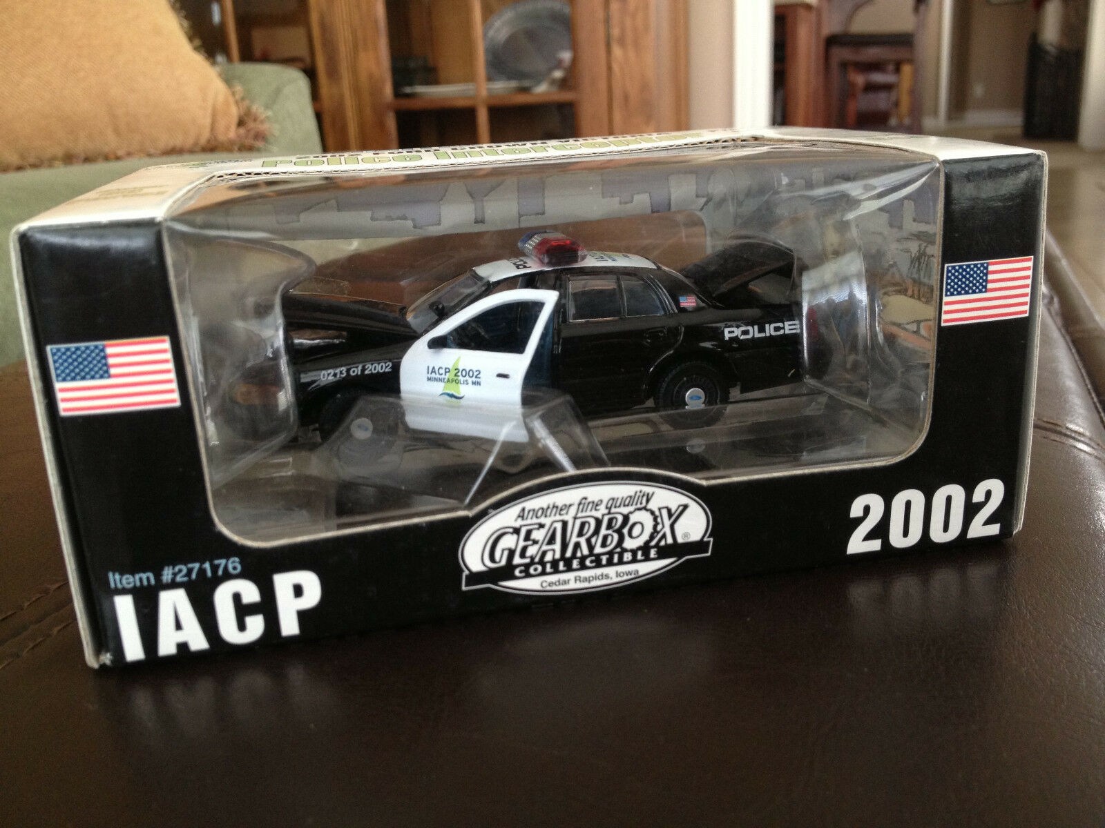 Minneapolis Police Interceptor 2002 IACP Gearbox Limited Edt.  0213 of 2002 MIB