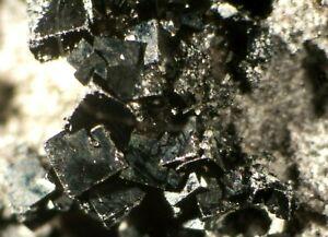 Bixbyite-Thomas-Range-Utah-Micromount