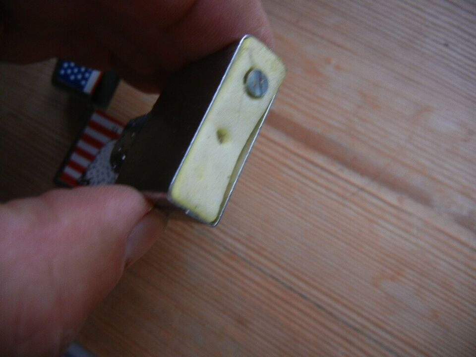 Lighter, USA - flag og ørn