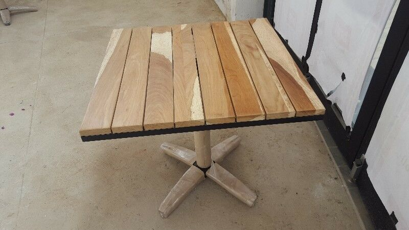 Restaurant solid wood table tops