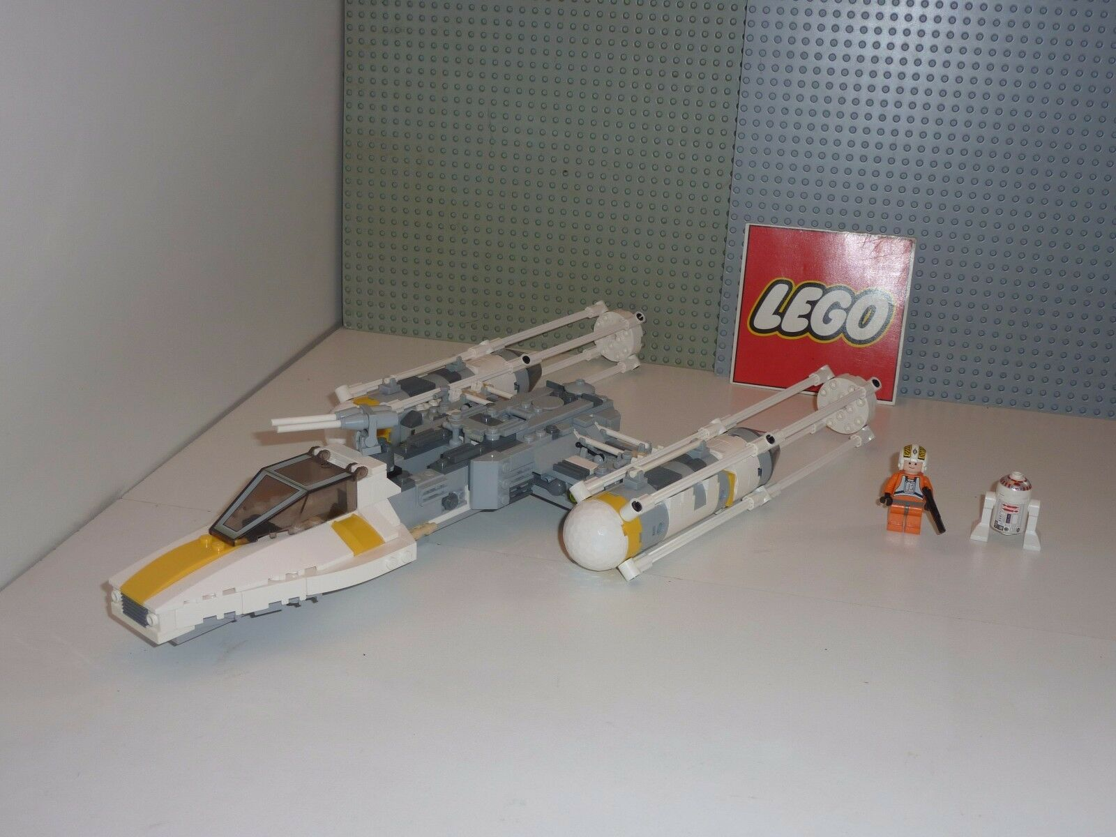 Set légo star wars 7658 Y-WING FIGHTER complet