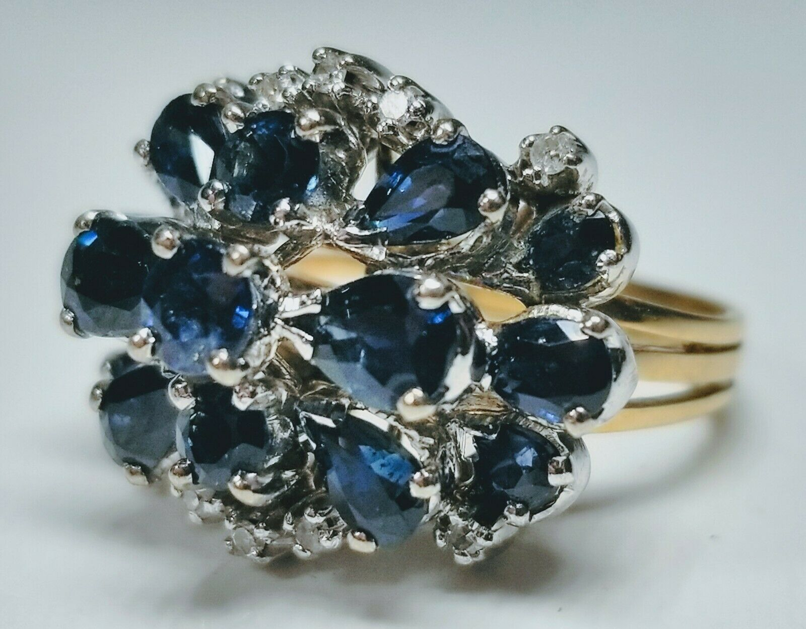 14K White and Yellow gold Ring With Cluster of 15 Sapphires Size 4.5