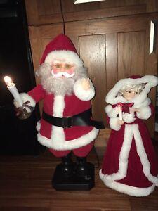 Holiday Musical Gift Card Holder Lighted Christmas Seasonal Santa NEW!