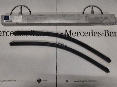 GENUINE MERCEDES BENZ W212 WIPER BLADES RHD  A2128201800