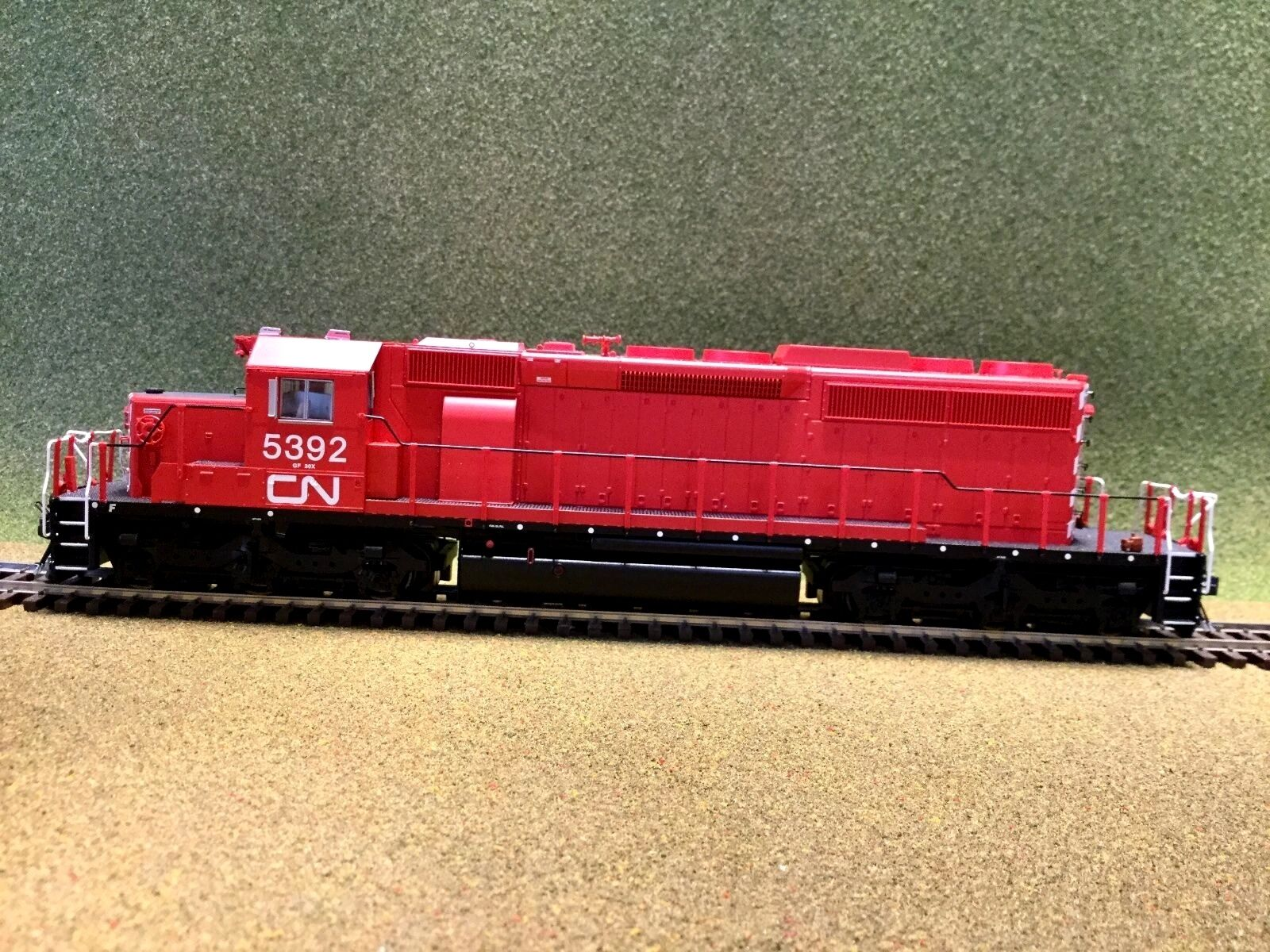 BOWSER HO 1 87 CN ( EX ONTARIO HYDRO )  SD40-2 DC   DCC READY F S