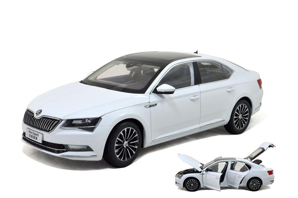 1 18 1 18 Scale Skoda SuperB 2015 White Diecast Model Car Paudimodel