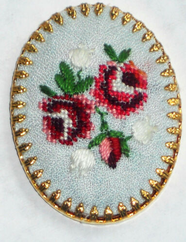 #1488C Vintage Hobe Cabochon Jewelry Roses Flowers Embroidery Silk Gold Plate