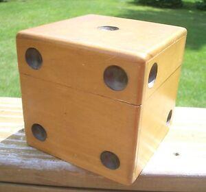 Vintage-Wood-Dice-Shaped-Poker-Chip-Holder-Box-Caddy-Horse-Shoe-Chips