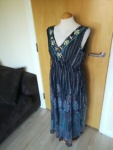 Ladies-KLASS-Dress-Size-14-Chiffon-Smart-Party-Holiday-Grey-Teal-Beaded