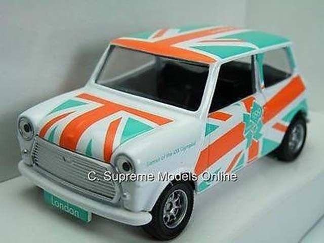 LONDON 2012 AUSTIN MORRIS MINI CORGI CAR WHITE GREEN 1 36TH BOXED TYPE Y0675J^^