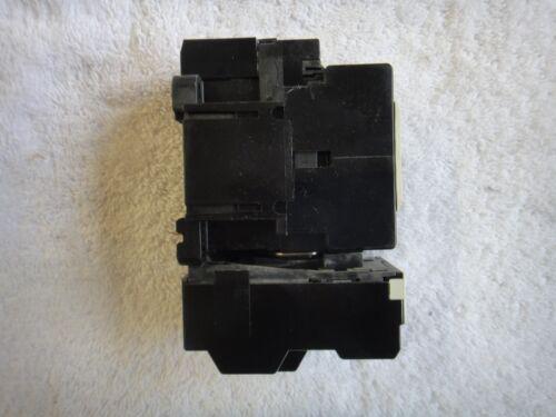 3PH 100-110V 50//60Hz   SC-05 w//TR-0N//3 Fuji Electric Contactor 20A SC-05 13