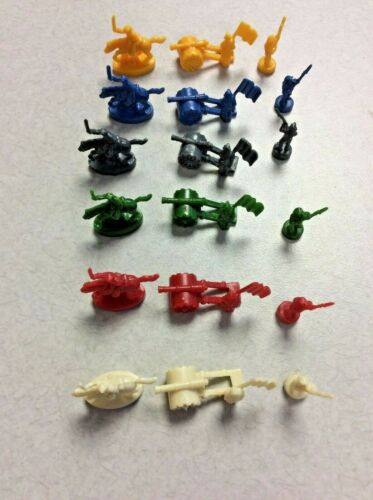 2010 RISK BOARD GAME GOLD CAVALRY OFFICER REPLACEMENT ARMY PIECES