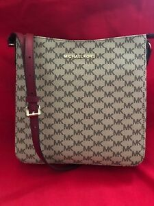 d1448a9ddc Image is loading Michael-Kors-Jet-Set-Travel-Large-Messenger-Crossbody-