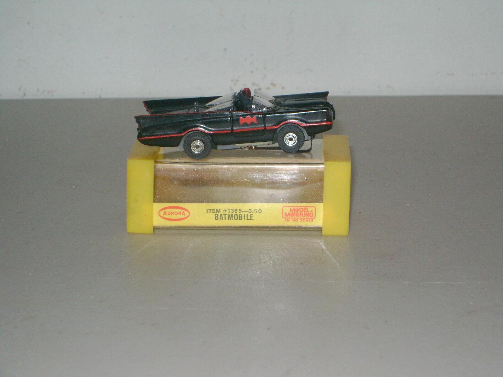 Slot voiture de collection Tjet' 66 BATMOBILE  1385 (' 67 -' 70) avec boite NICE