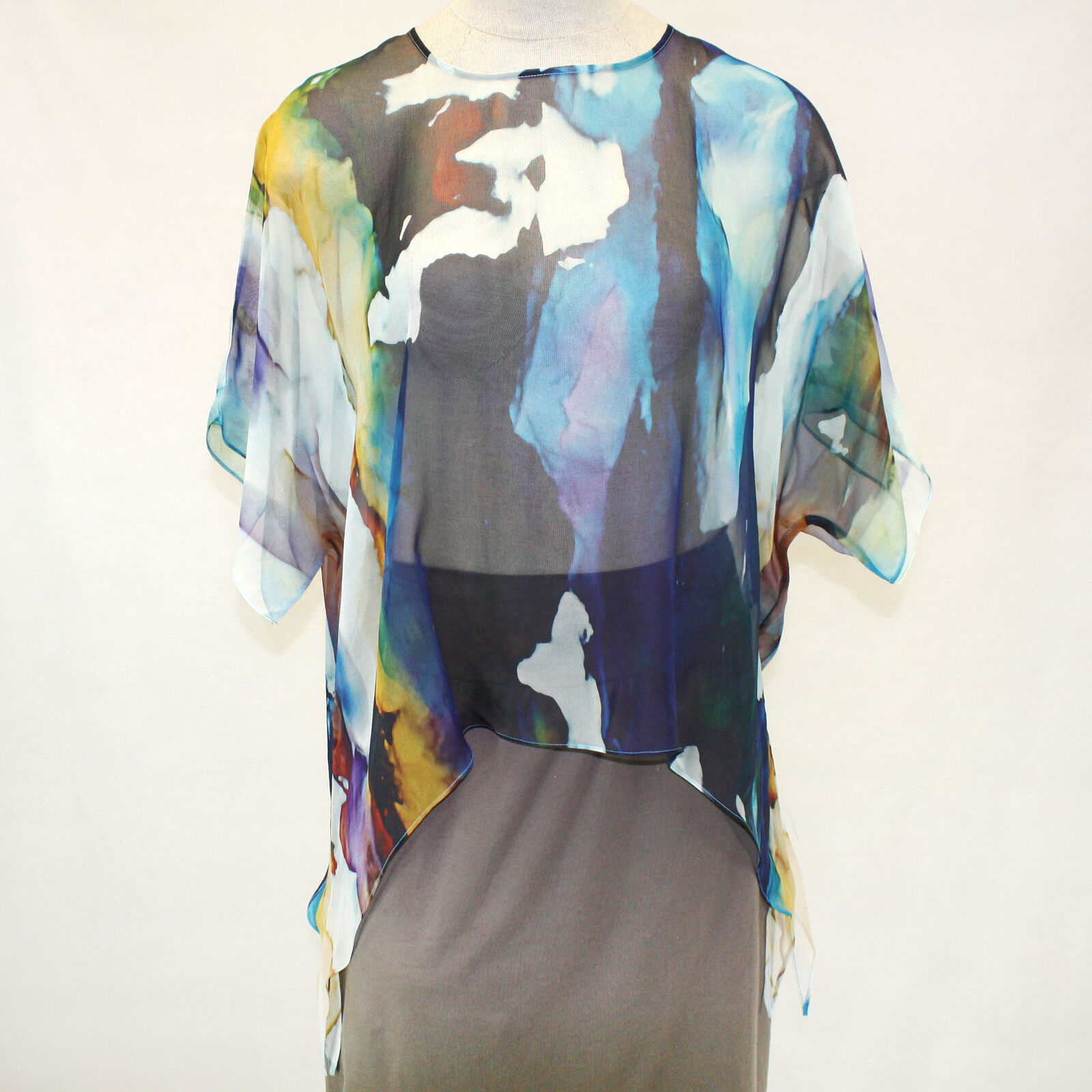 NEW NWT Cocoon House Wearable Art Rain or Shine 100% Silk Pointed Top Large   XL