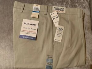 Dockers-Men-039-s-Easy-Khaki-Classic-Fit-Pleated-Stretch-Pants-NWT-JCP7