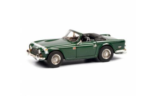 08808 #450880800 - 1:43 Schuco Triumph tr250 verde