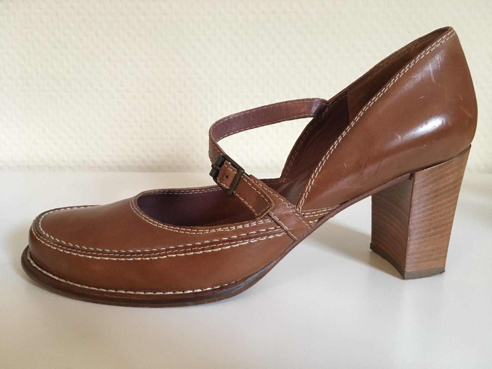 Accatino-Italie. Chaussures Femmes CREATEUR Escarpins en cuir marron clair taille 39