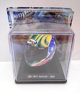 CASCHI MOTO GP -  TROY BAYLISS - 2005  SCALA 1/5 [029]