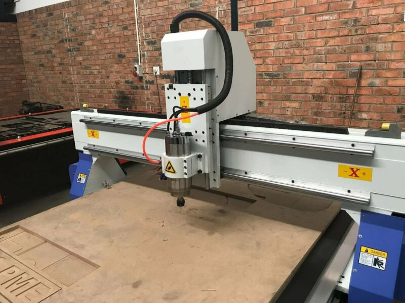 cnc engraving machine 1300x1800mm with stepper motor T slot table