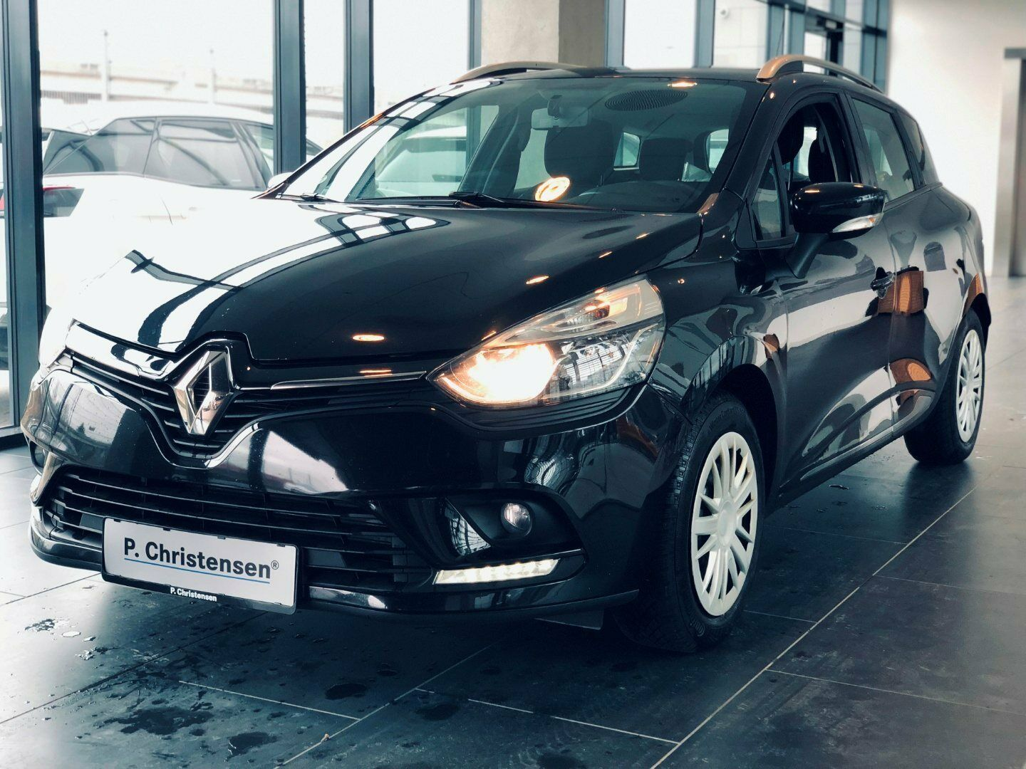 Renault Clio IV 0,9 TCe 90 Expression ST 5d