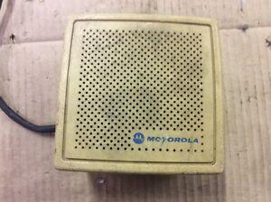 Vintage Motorola NSN6027A-1 CB HAM Two-Way Two Way Radio Speaker Tan/Creme Color